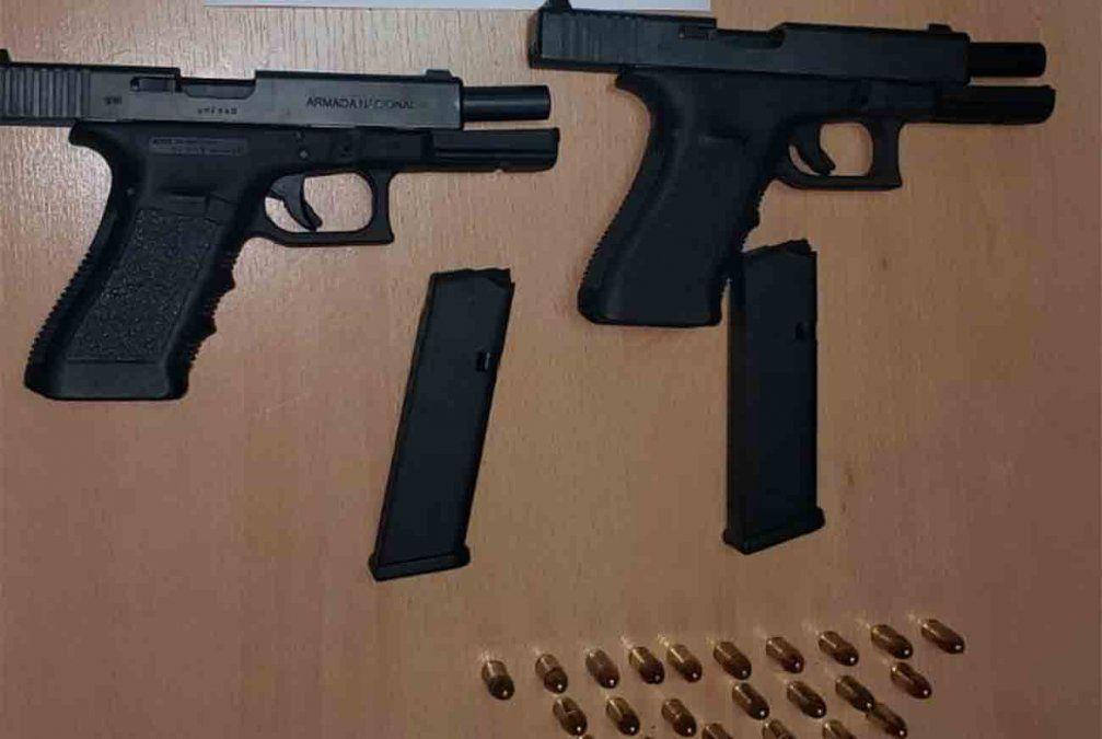 Triple asesinato de la base naval fue cometido con una de las armas robadas a los marinos