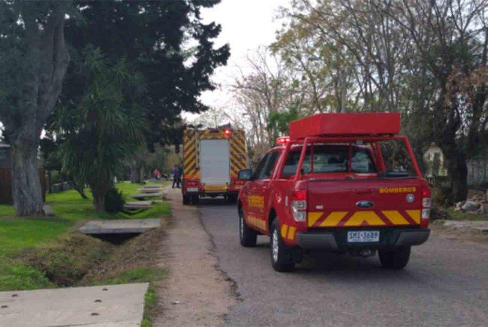 Un hombre de 90 años murió y dos mujeres están en el Cenaque tras incendio a vivienda