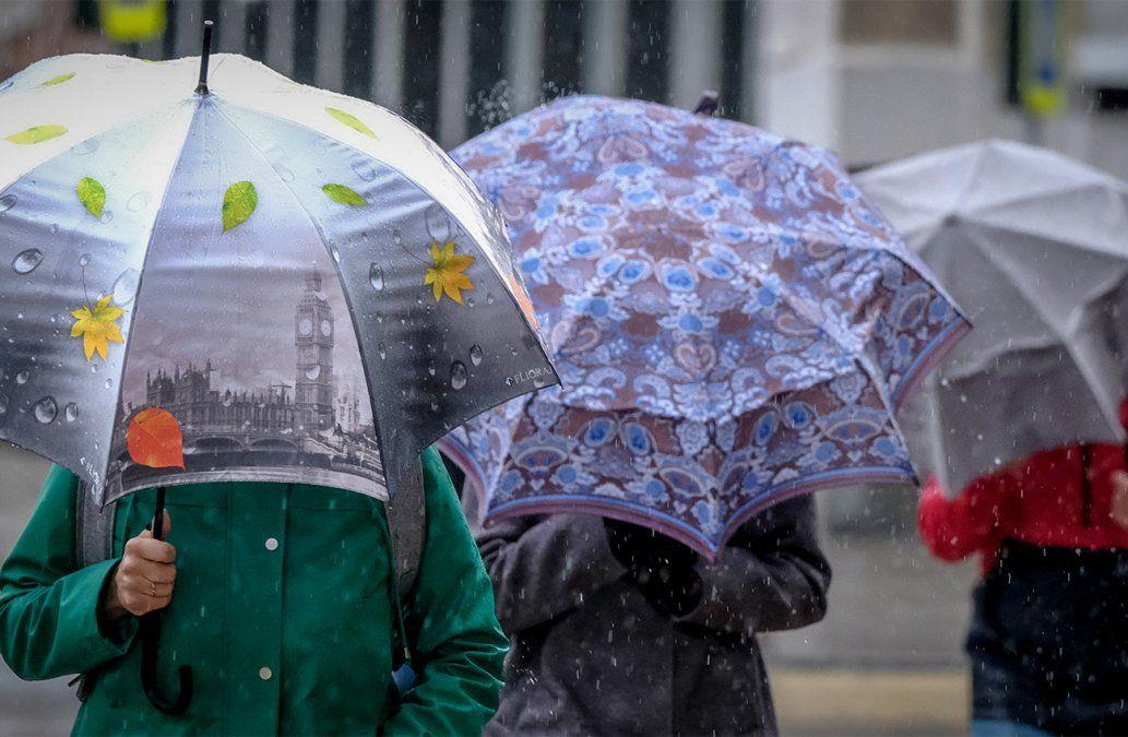 Alerta amarilla por tormentas y lluvias para la mitad sur del país
