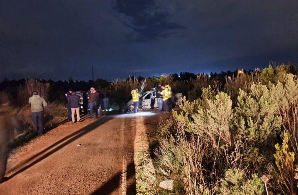 Hallaron un cuerpo calcinado adentro de un auto incendiado