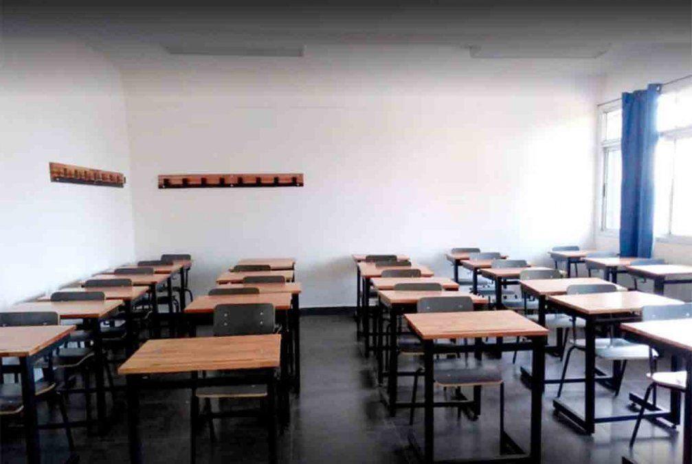 Suspenden clases en Liceo 2 de Progreso por funcionario sospechoso de coronaviurs