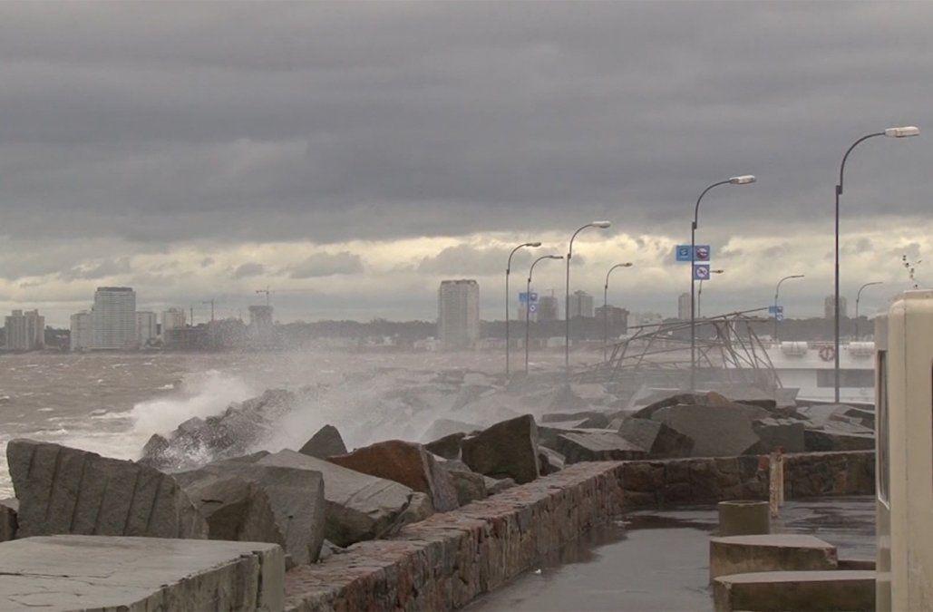 Nueva alerta amarilla por vientos fuertes para toda la franja costera