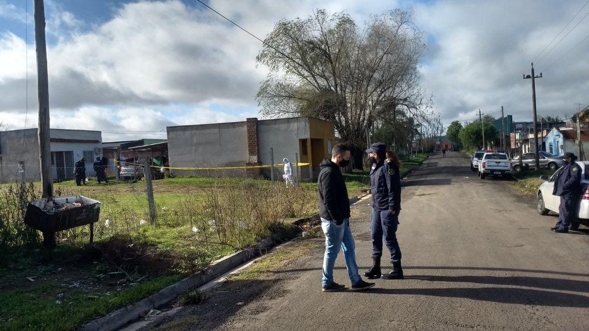 La Policía rodea el barrio Lavalleja