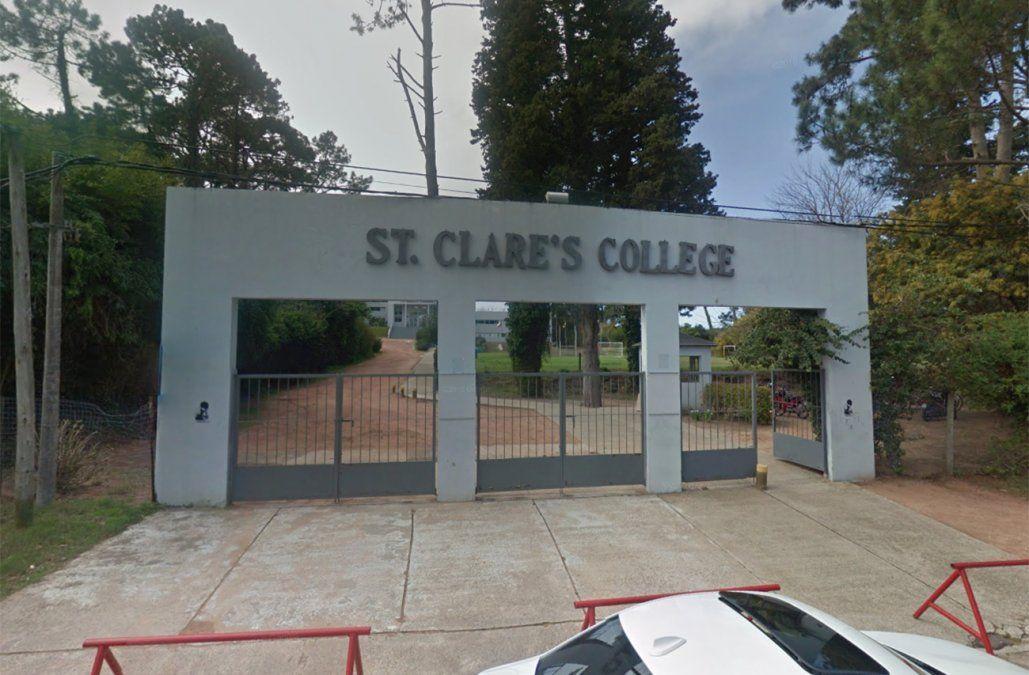 Cerraron el St. Clares College tras contacto del director con pasajero que viajó en Buquebus