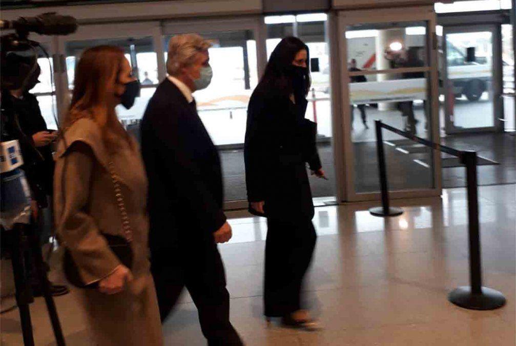 Nuevo canciller llega a Uruguay en primer vuelo desde España