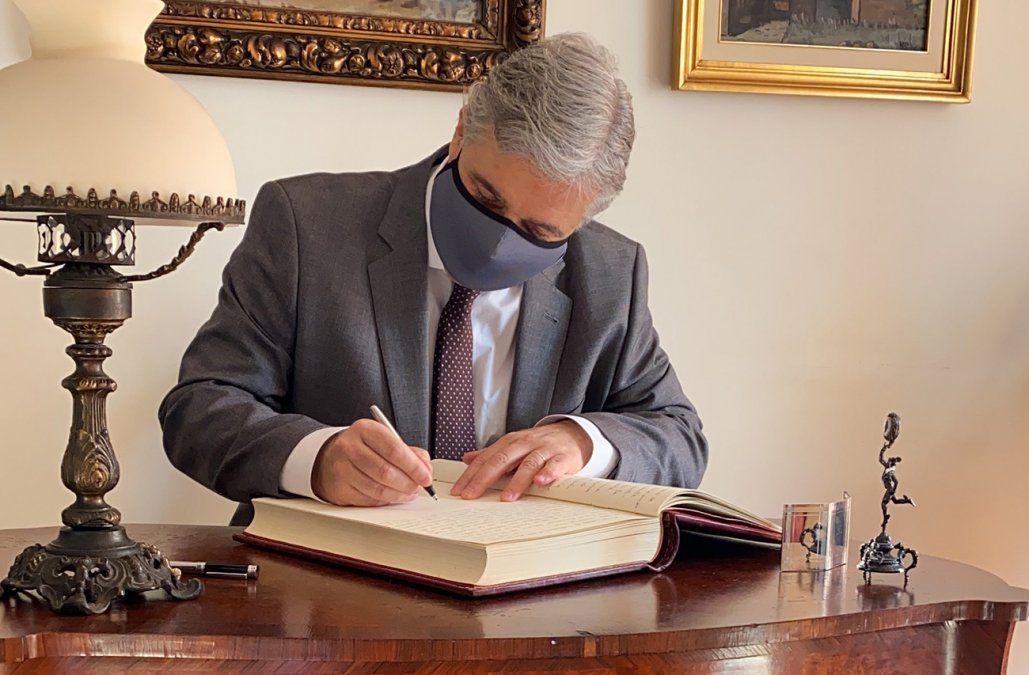 Bustillo firmó como canciller: ¿qué pasará con anuncios de Talvi sobre diplomacia 5.0?