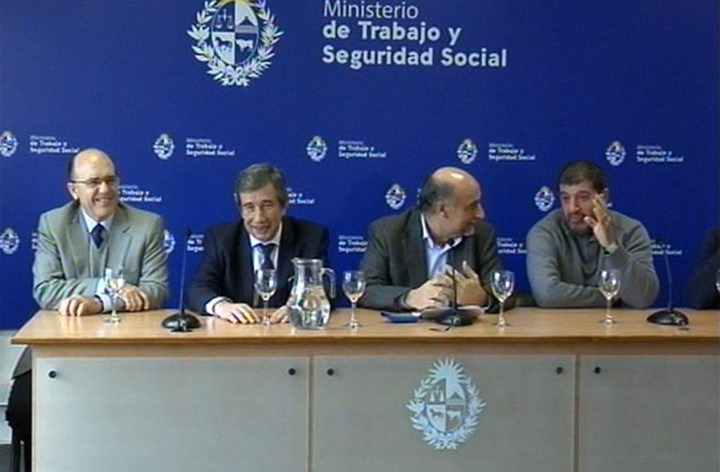 Acuerdo salarial de un año por el Covid-19: aumento en enero de 2021 y correctivo en junio