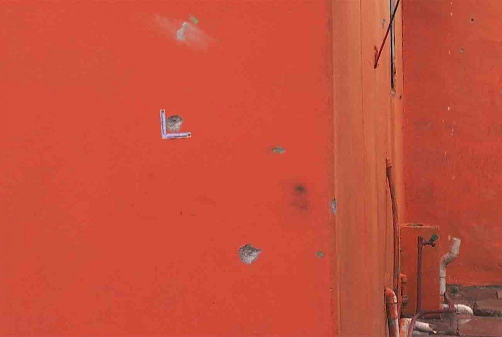 Disparan más de 150 tiros contra una casa en Piedras Blancas