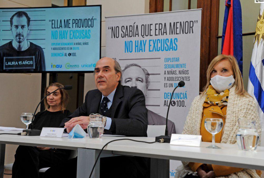El 20 de julio el gobierno relanzó la campaña No hay excusas. En la foto Pablo Abdala (presidente de INAU) y la vicepresidenta Beatriz Argimón