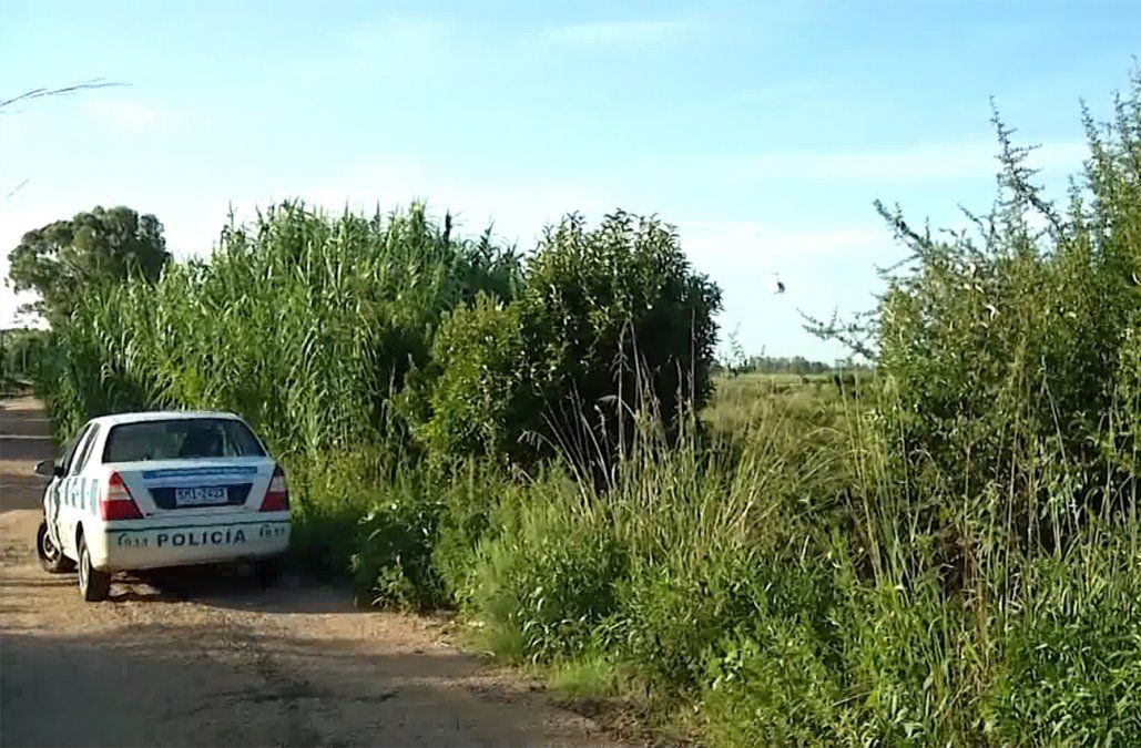 Evadieron un control y fugaron a pie; atrás dejaron un BMW con 7 kilos de droga