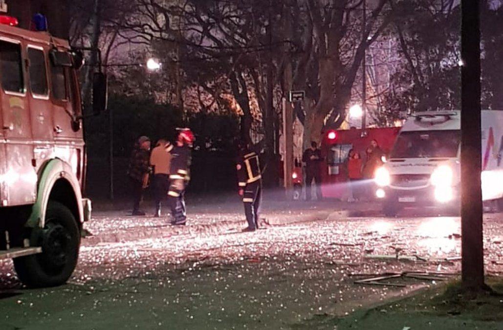Explosión de gas destrozó un apartamento y un persona resultó con quemaduras