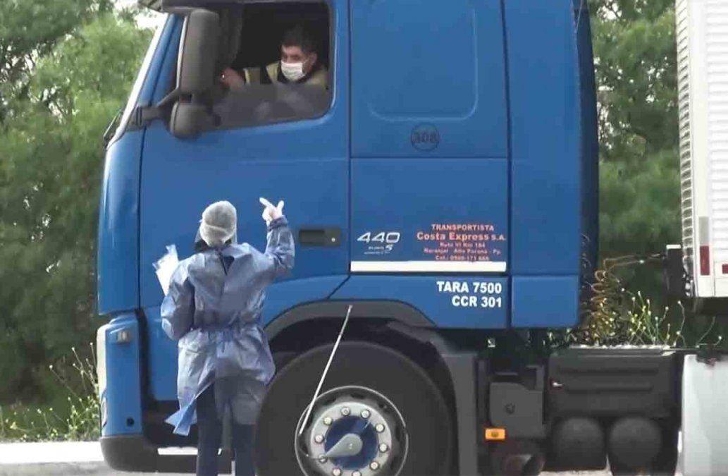 Camionero paraguayo con coronavirus está detenido en la frontera de Fray Bentos