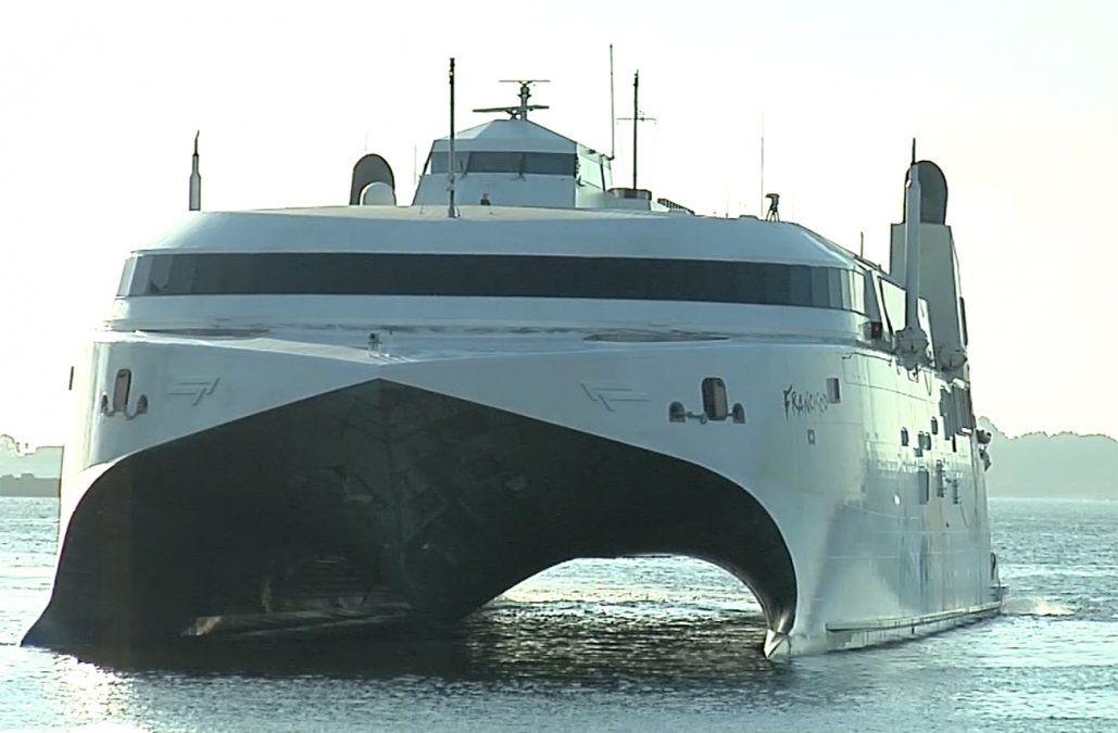 Ministerio de Transporte aclaró que no autorizó los viajes de Buquebus en enero
