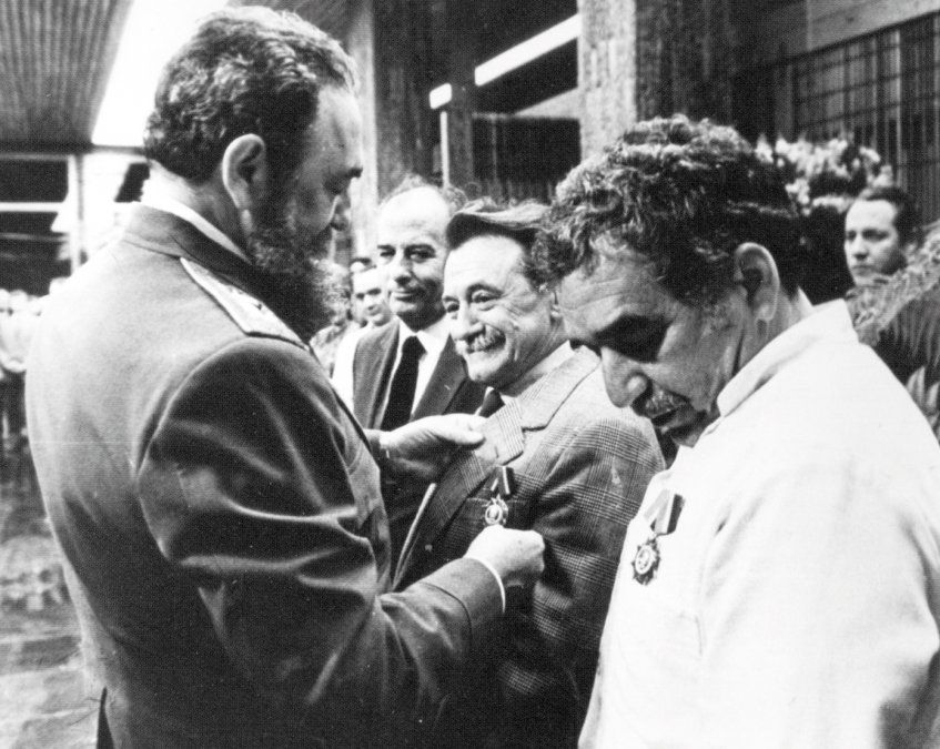 Con García Marquez y Fidel Castro.