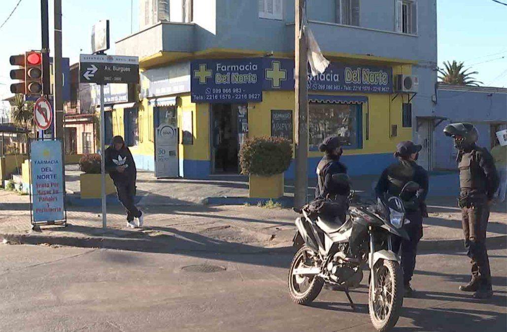 Rapiña, persecución y tiroteo en el Cerrito: dos delincuentes fueron detenidos