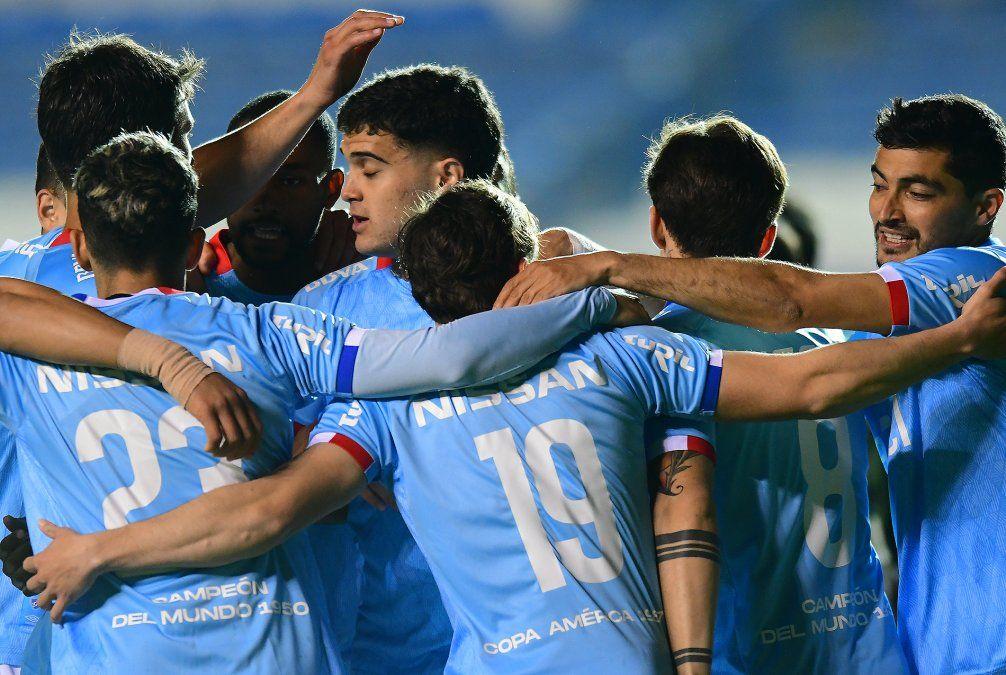 El equipo de Munúa es solidario y mezcla jugadores muy jóvenes con otros de mucha experiencia