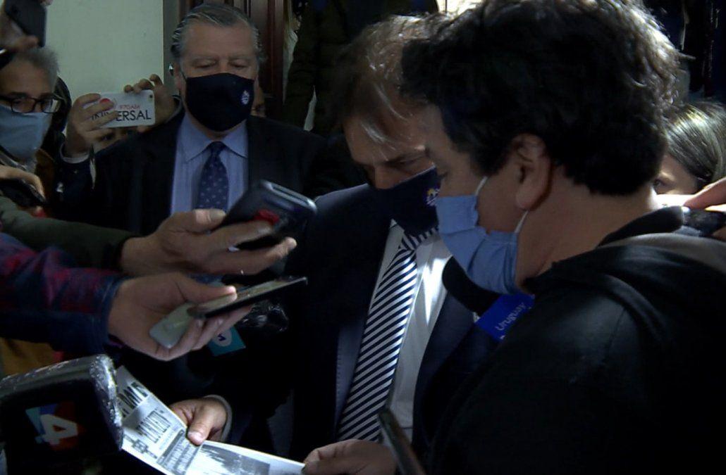 Docentes y funcionarios del Hospital de Clínicas reclamaron más presupuesto a Lacalle Pou