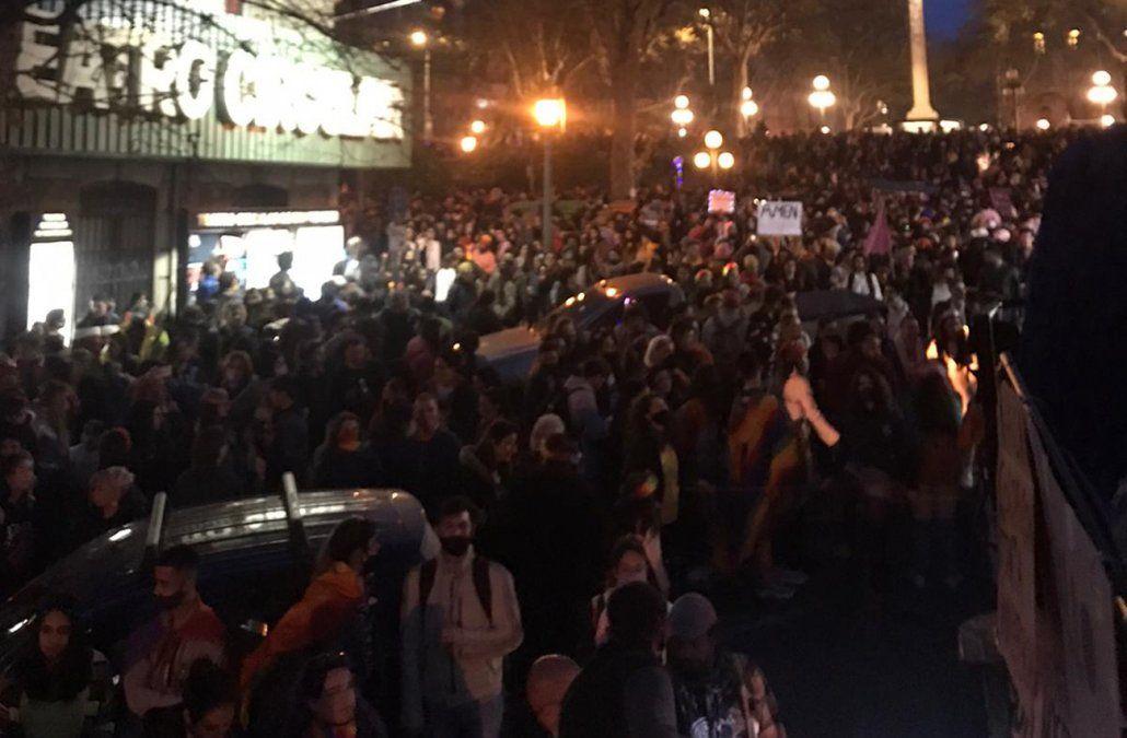 Miles de personas se movilizaron en la marcha de la diversidad