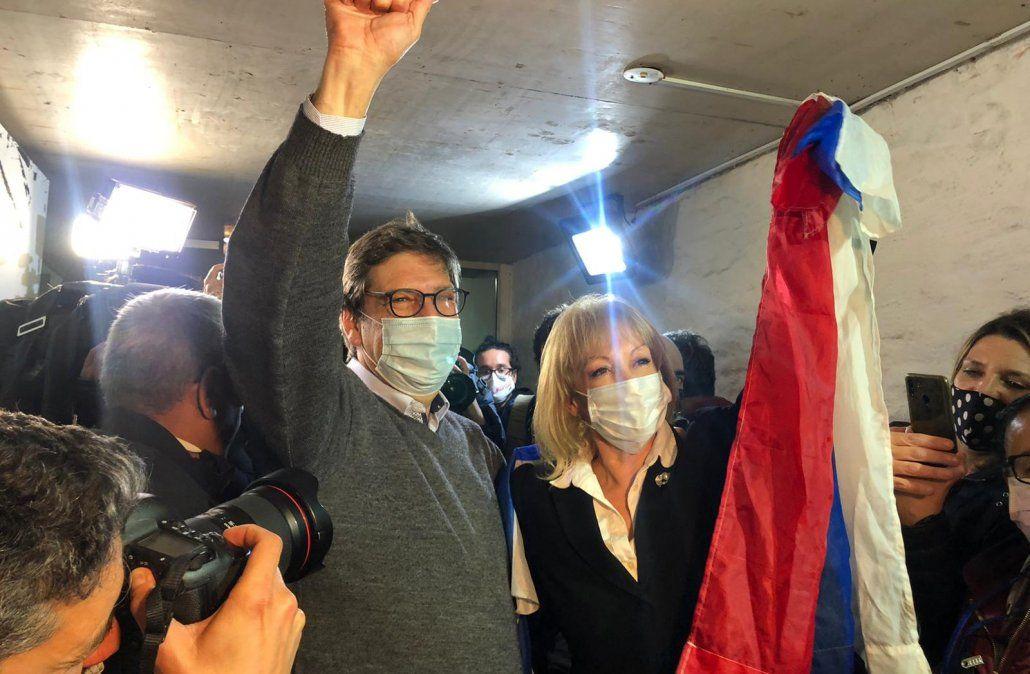 Cosse ganó en Montevideo y anunció que residuos, empleo y transporte serán su prioridad