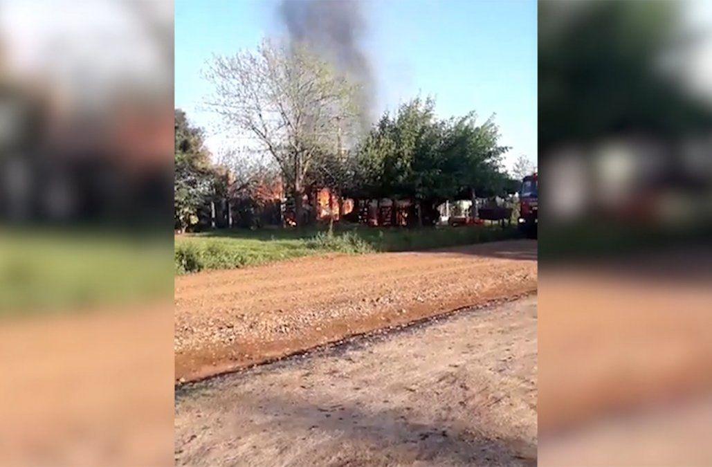 Incendios fatales: un hombre y una mujer murieron en sus casas en Salto y Florida