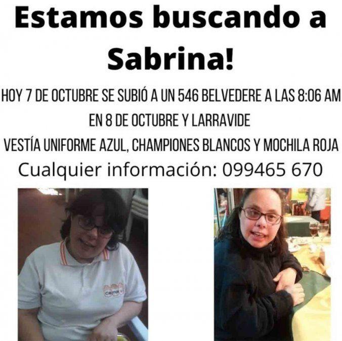 Familiares buscan a Sabrina: vestía uniforme azul y mochila roja