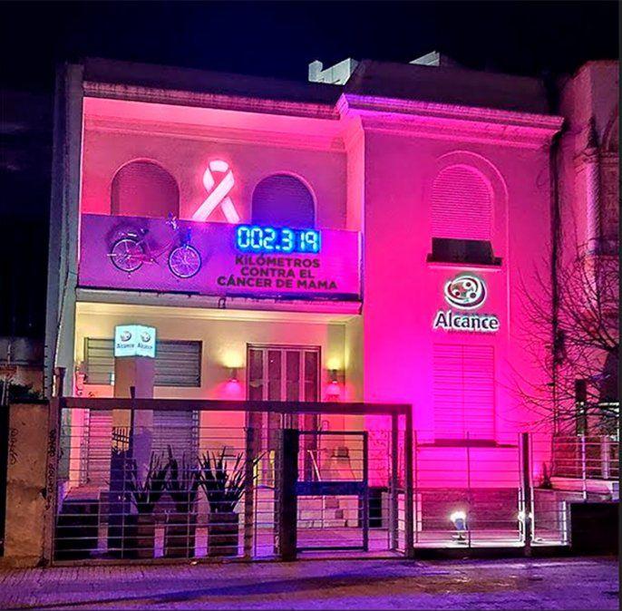 Alcance lanzó campaña de acción solidaria en la lucha contra el cáncer de mama