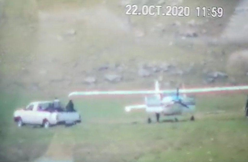 Así aterrizó la avioneta con 450 kilos de cocaína en un campo de Salto