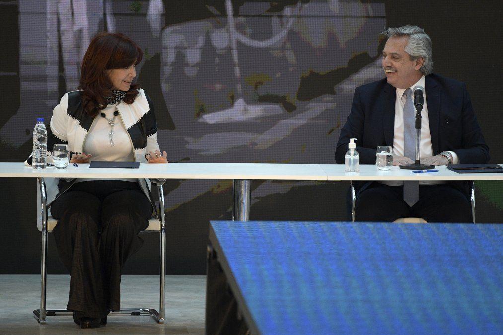 A 10 años de la muerte de Kirchner, Cristina critica a empresarios y al gobierno a través de una carta