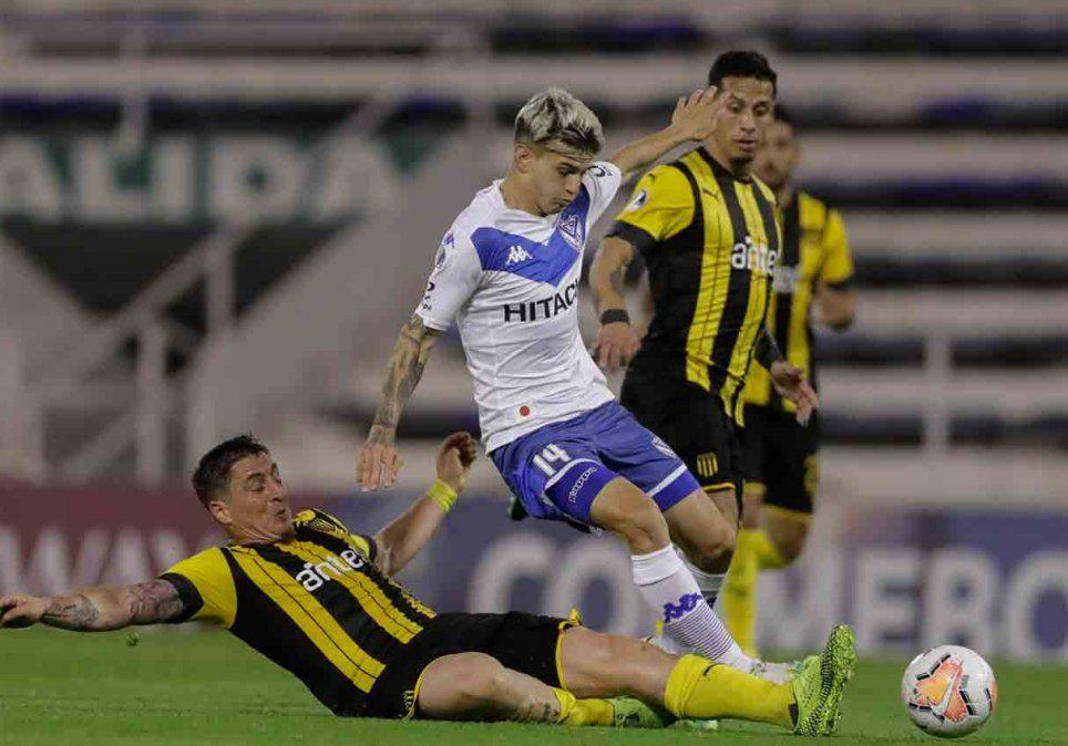 Peñarol y Velez empataron 0 a 0 en el partido de ida por la Copa Sudamericana