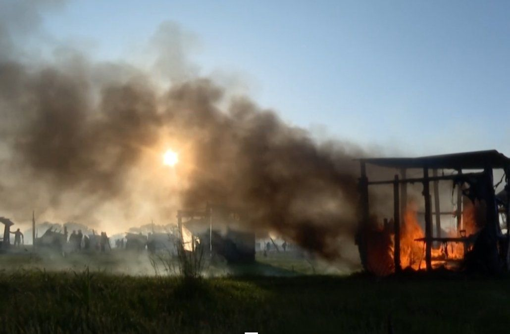 Violento desalojo policial en Guernica, un asentamiento irregular en el sur de Buenos Aires