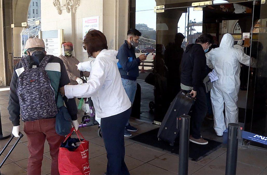 Pocos uruguayos cruzaron a Buenos Aires en el primer viaje con fronteras abiertas al turismo