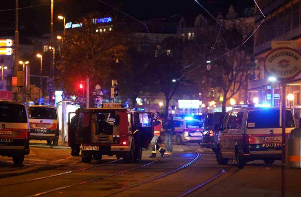 Varios heridos y al menos un fallecido en un presunto ataque terrorista en Viena