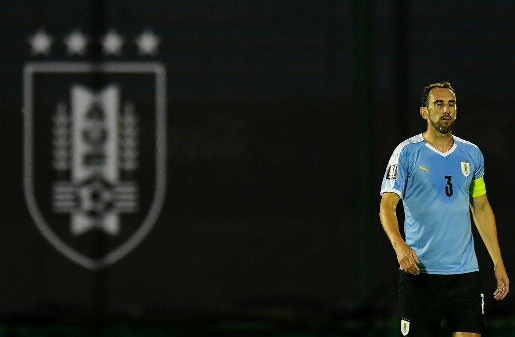 Diego Godín salió al cruce de los dichos de Salinas por el brote de Covid en la Selección