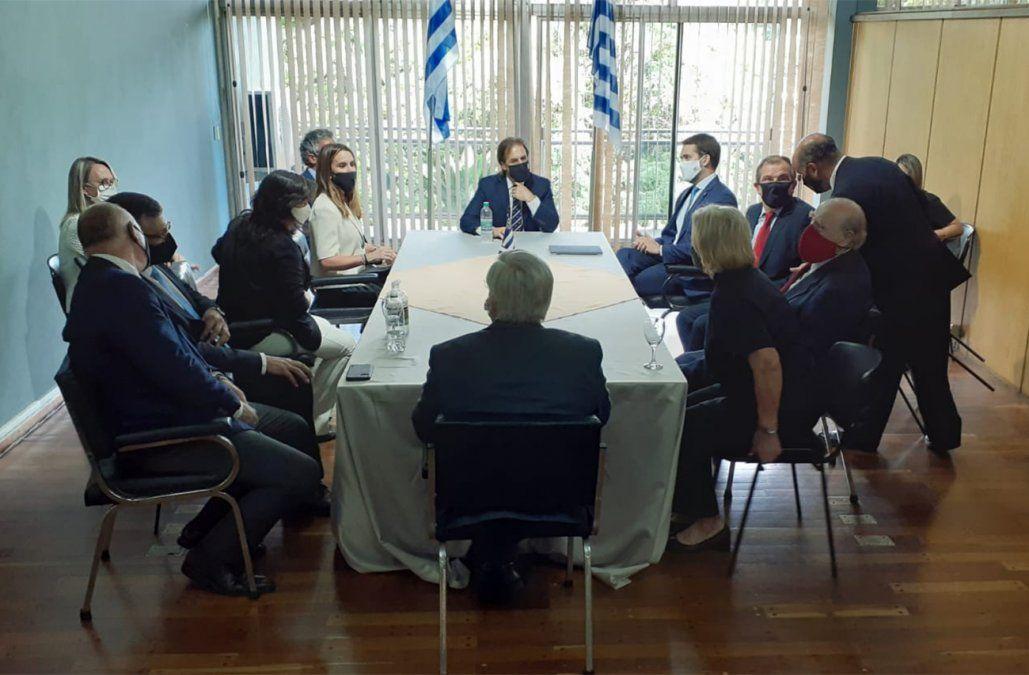 Lacalle Pou se reunió con autoridades de Brasil para coordinar acciones por el Covid-19