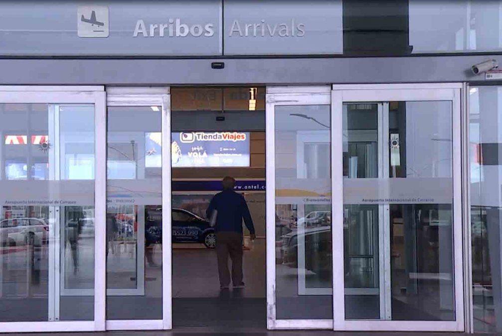Habilitan trámite en línea para ingresar al país a quienes tengan pasajes comprados hasta el 16