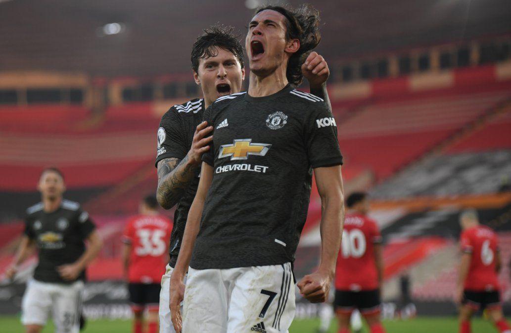 Cavani dio la nota e hizo ganar al Manchester United
