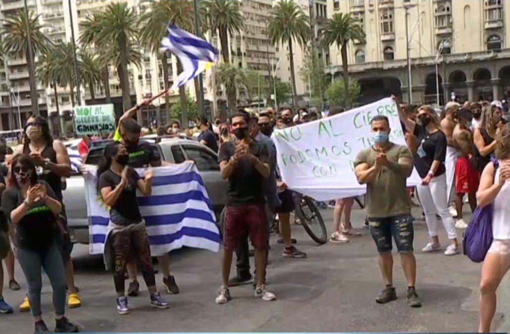 Trabajadores de los gimnasios protestaron en Presidencia por cierre brusco e injusto