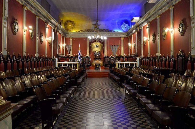 Vista interna de la sede de la Gran Logia de la Masonería en a calle Mario Cassinoni