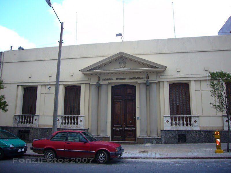 Vista exterior del edificio sede de la Gran Logia de la Masonería. En los últimos años el local ha sido abierto para el Dia del patrimonio