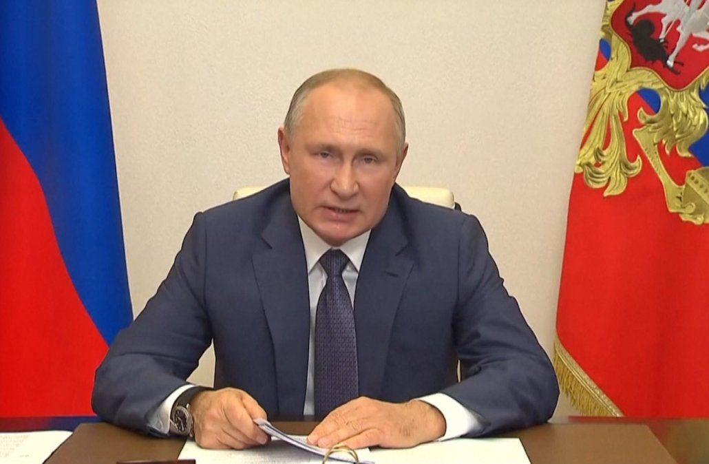Putin dispuso la vacunación masiva contra el Covid-19 a partir de la semana próxima