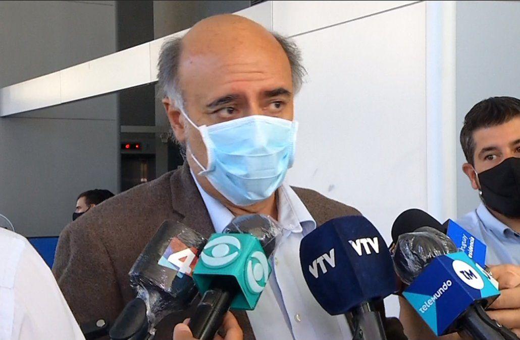 Ministro Pablo Mieres en Torre Ejecutiva.