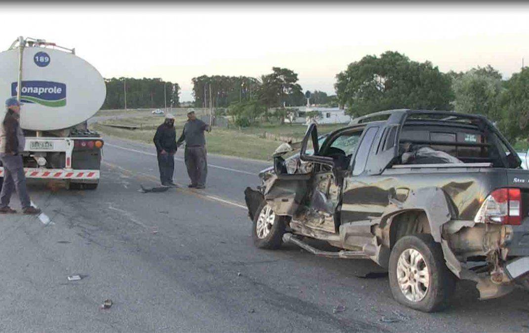 Conductor alcoholizado provocó accidente con camión cargado de leche