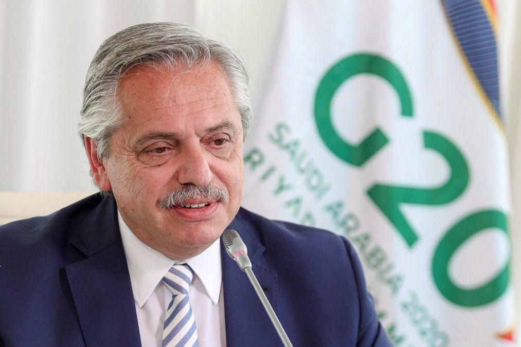 Alberto Fernández cumple un año en el poder aprobando impuesto a los 12.000 argentinos más ricos