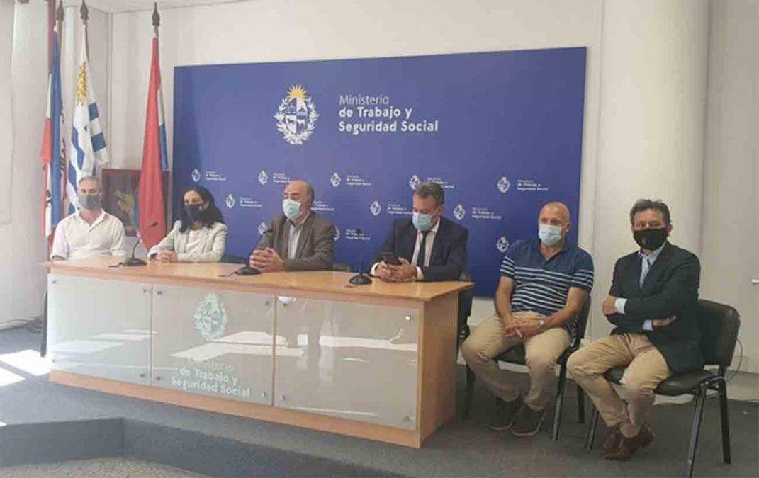Alcanzan acuerdo salarial entre las gremiales médicas y mutualistas por dos años