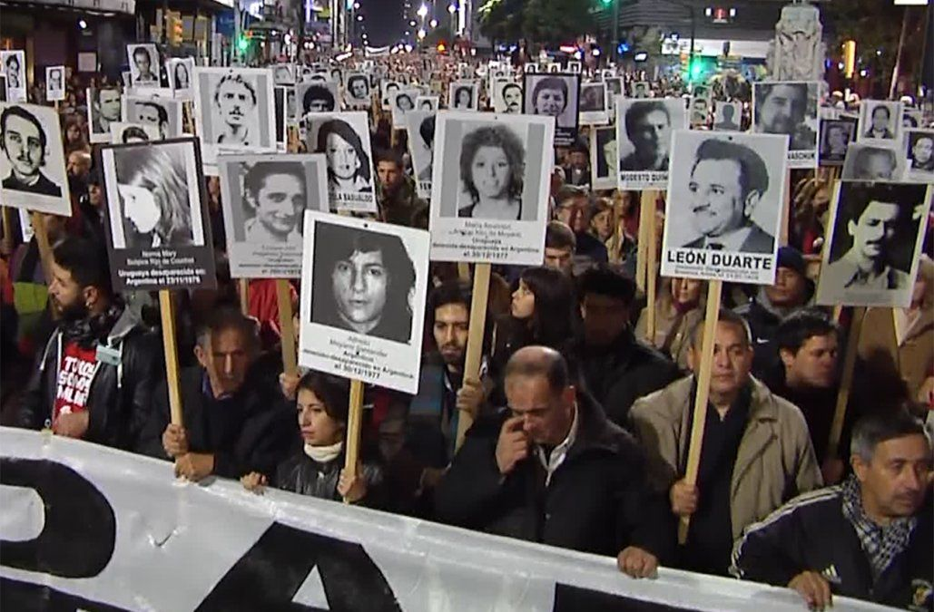 Dos ex militares enviados a prisión por torturas a prisioneros en dictadura