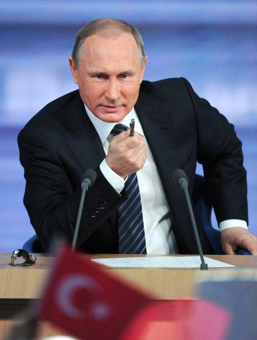 Putin anuncia que la vacuna anti Covid Sputnik V tendrá una versión light para vender al exterior