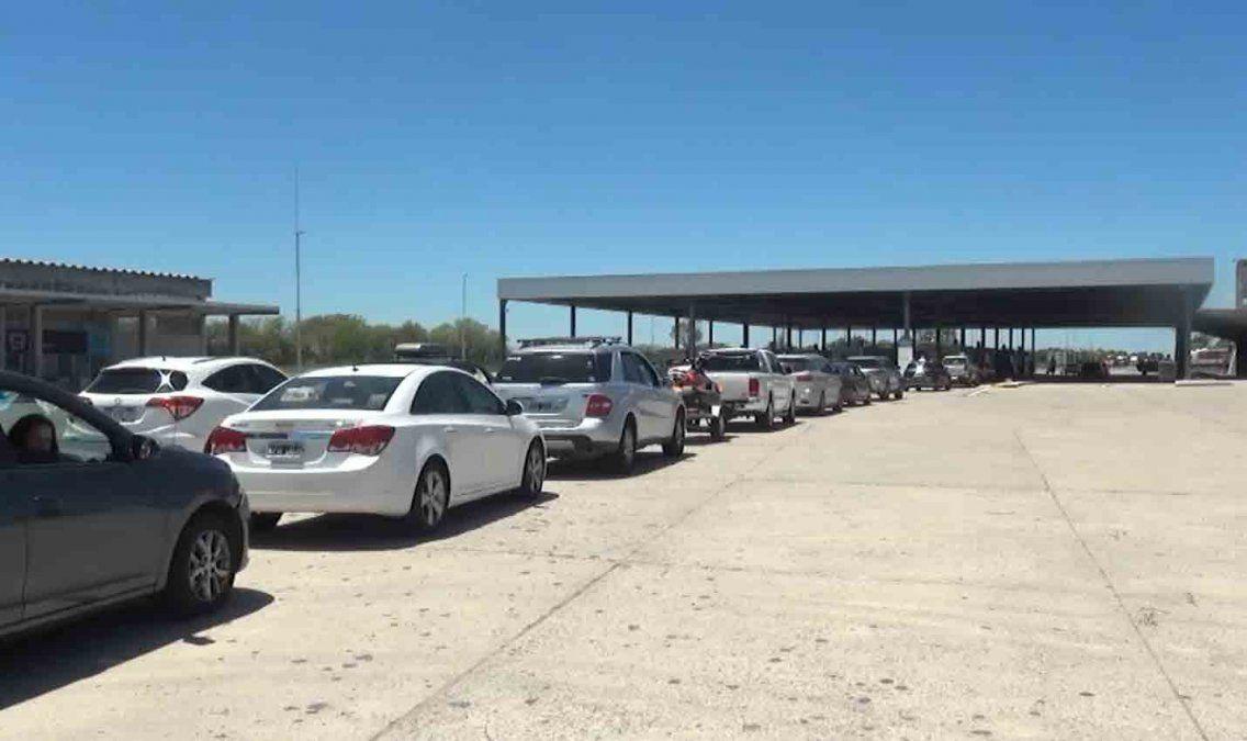 Más de 3 mil argentinos ingresaron a Uruguay en diciembre por el puente San Martín