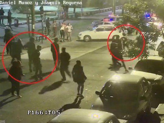 Plaza Seregni: policías y jóvenes activistas enfrentados. ¿Riesgo sanitario o necesidad de libertad?