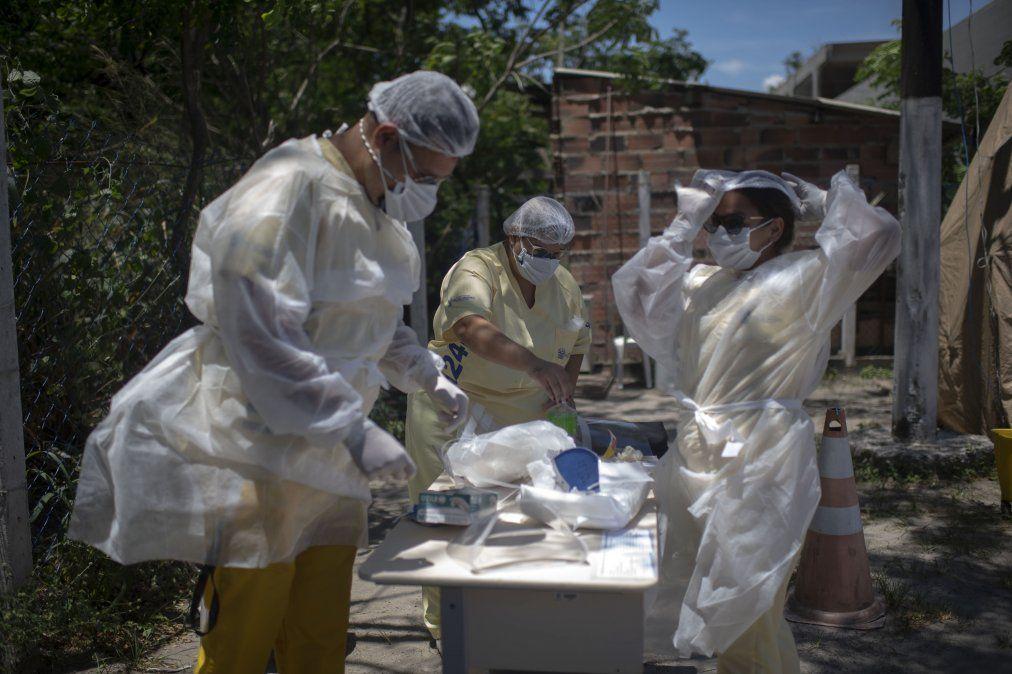 Trabajadores de la salud se equipan en Sao Gonzalo