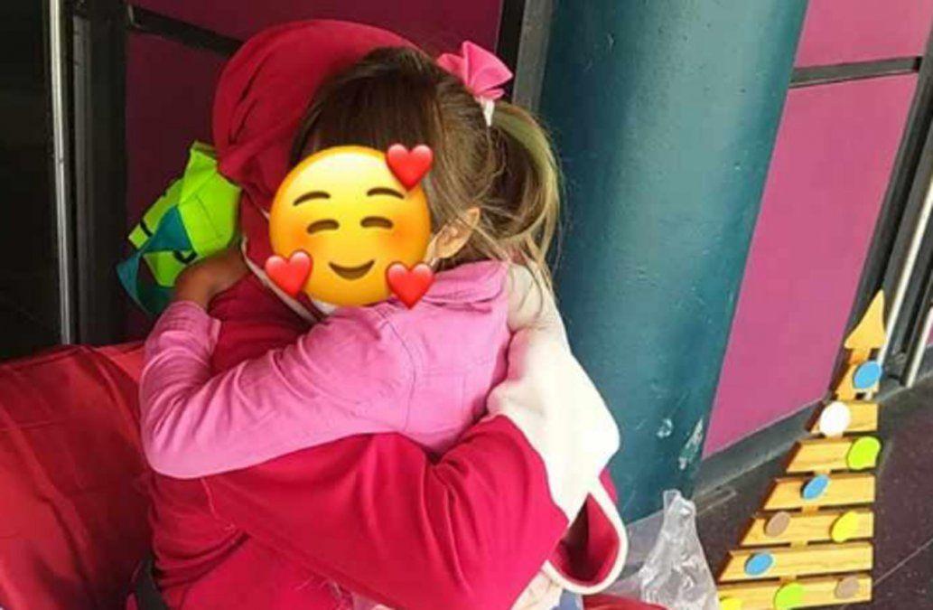 Operador carcelario visitó niños como Papá Noel y resultó Covid-19 positivo
